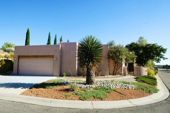 12704 Carmel Court NE, Albuquerque, NM 87122