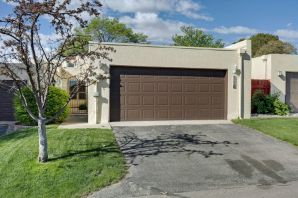 Very well kept 2 bdrm 2 bath home with a office in the 55+ Esplanade Community. Has a nice courtyard in front and a covered patio in the back. This home also has a atrium off the kitchen and 5 skylights to brighten up the house. Come see it today!!!