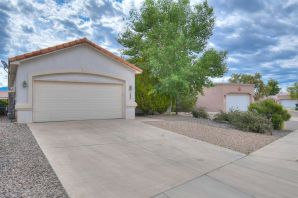 Beautiful property in Tecolote Estates of Rio Rancho!  This wonderful home comes with REFRIGERATED AIR, 4 bedrooms, easy-to maintain landscaping, and amazing location!!  A wonderful open floorplan with the kitchen overlooking the living room and large master bedroom with walk-in closet!
