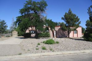 FULL OF POTENTIAL! Come see this 2 bed, 2 bath home on a huge lot!is Centrally located near schools, main roads, shopping, parks, and restaurants-gated community!