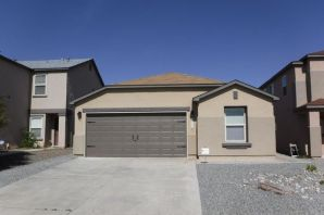 Beautiful kitchen, solid surface stone counter tops. Large living area, open kitchen, tile floors in all wet areas.   Laminate wood floors and carpet in bedrooms.  Separate master suite with a large master bath that has a separate shower and garden tub, and double vanities.