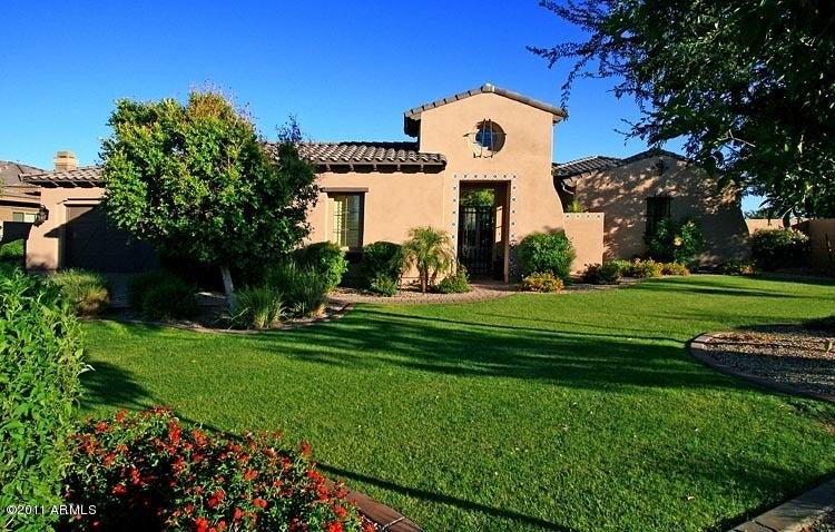15951 W VERNON Avenue, Goodyear, AZ 85395