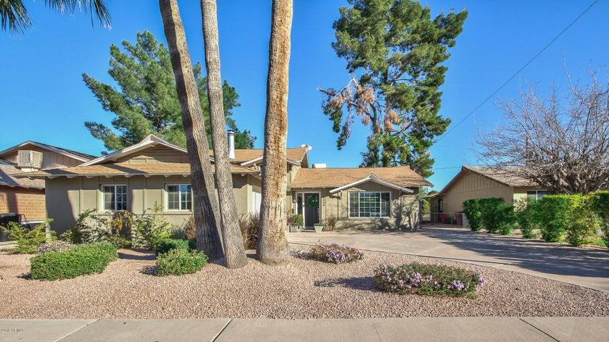 8608 E BUENA TERRA Way, Scottsdale, AZ 85250
