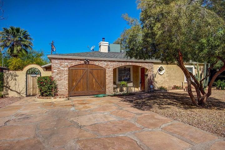 2916 N 8TH Avenue, Phoenix, AZ 85013