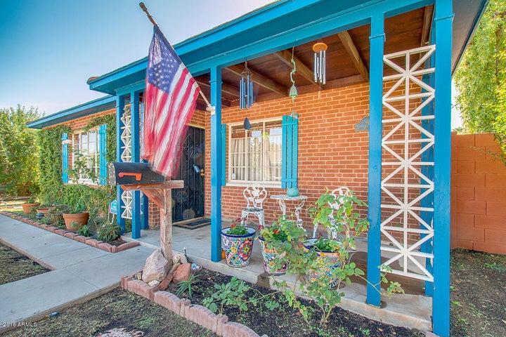 913 W PORTLAND Street, Phoenix, AZ 85007
