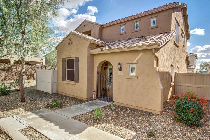 26321 N BABBLING BROOK Drive, Phoenix, AZ 85083