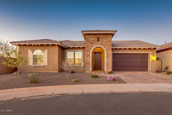 3102 E CAT BALUE Drive, Phoenix, AZ 85050