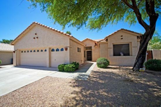 23906 S SUNLAND Court, Sun Lakes, AZ 85248