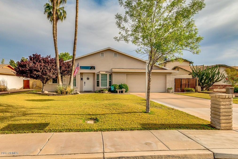 915 W MESQUITE Street, Chandler, AZ 85225