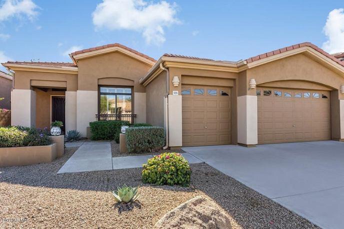 5235 E HERRERA Drive, Phoenix, AZ 85054