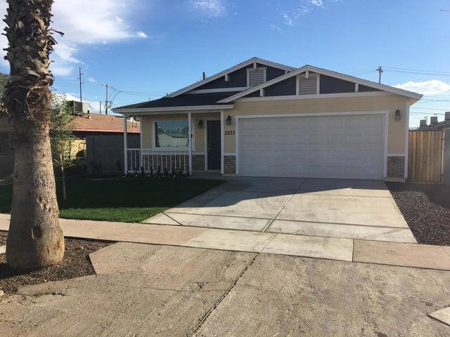 2233 E TAYLOR Street, Phoenix, AZ 85006