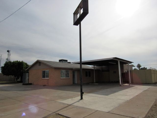 6027 W PALMAIRE Avenue, Glendale, AZ 85301