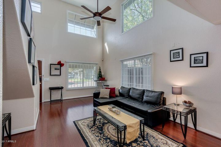 Vaulted & 9' ceilings. Premium end unit with ample natural lighting.