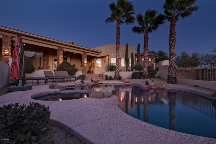 Large patio, pool and Hot Tub area for entertaining all your guests!