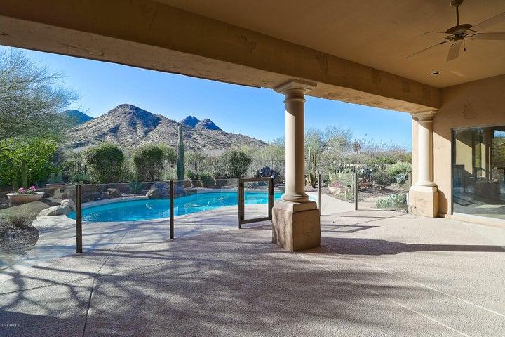 11801 E PARKVIEW Lane, Scottsdale, AZ 85255