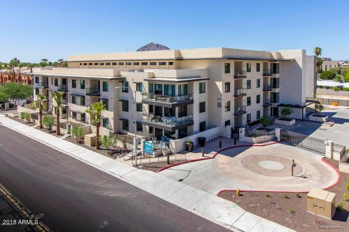 7300 E EARLL Drive, 1004, Scottsdale, AZ 85251