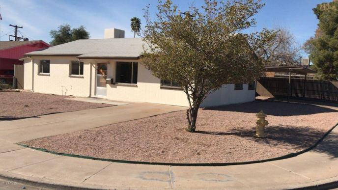 5702 W CHEERY LYNN Road, Phoenix, AZ 85031