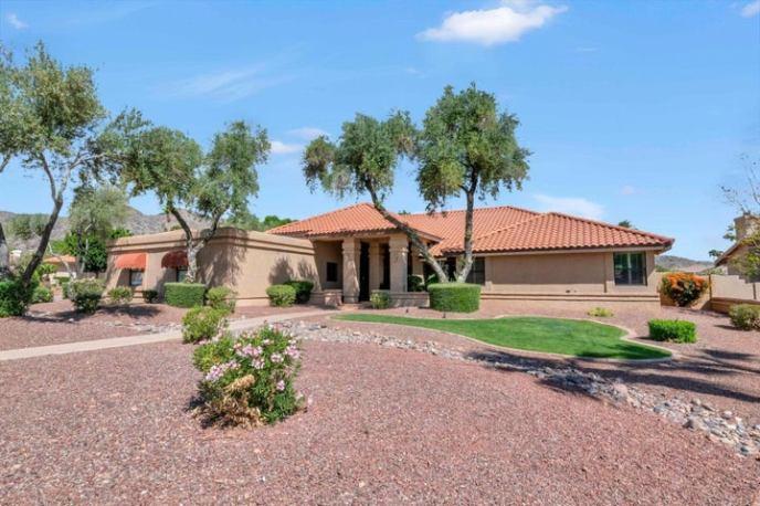3602 E KAYENTA Court, Phoenix, AZ 85044