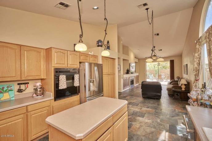 14831 S 8TH Street, Phoenix, AZ 85048