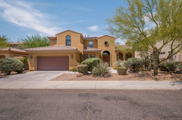 This home has stunning curb appeal!