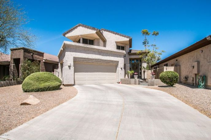 7690 E Fernando, Scottsdale, 85255. Love the Angles on this!