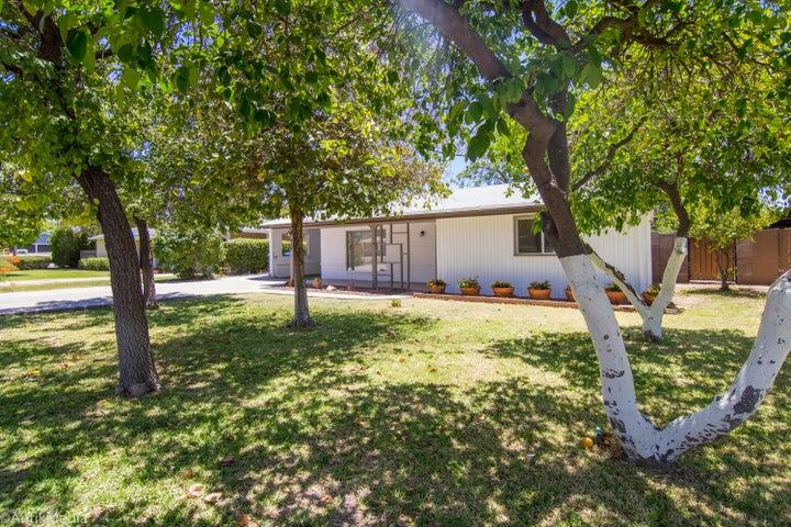 939 E VERMONT Avenue, Phoenix, AZ 85014