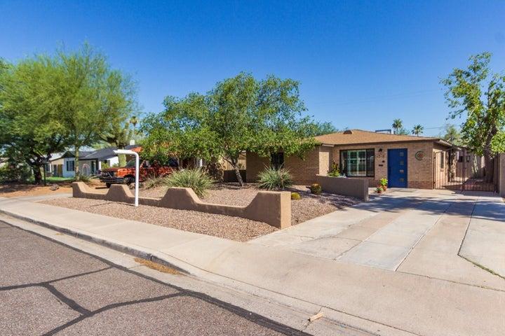1318 E ALMERIA Road, Phoenix, AZ 85006