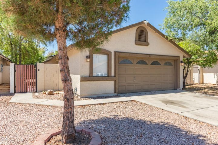 3711 W Villa Theresa Drive, Glendale, AZ 85308