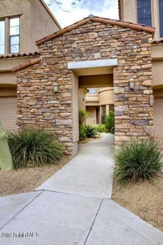 19550 N GRAYHAWK Drive, 1003, Scottsdale, AZ 85255