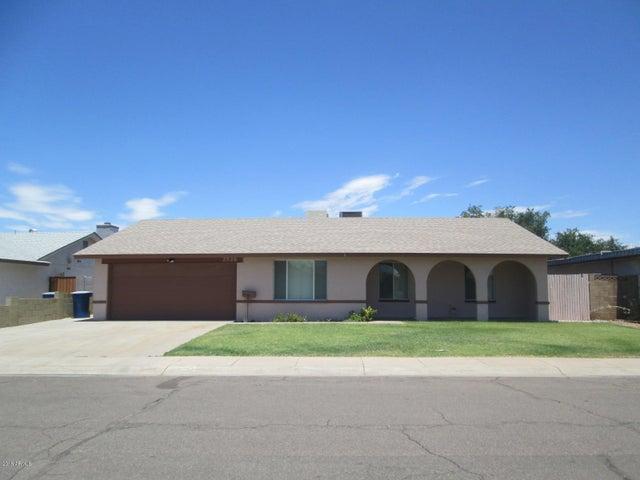 2526 E MANHATTON Drive, Tempe, AZ 85282