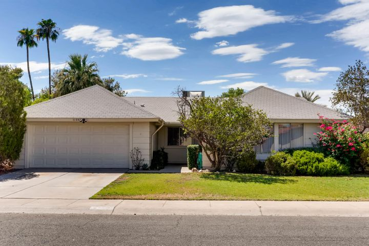 11842 S EAGLEMAN Drive, Phoenix, AZ 85044