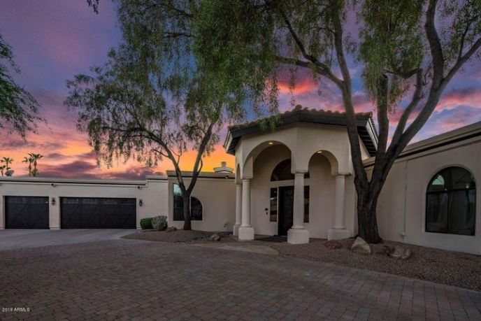 3730 E MARE Court, Phoenix, AZ 85044