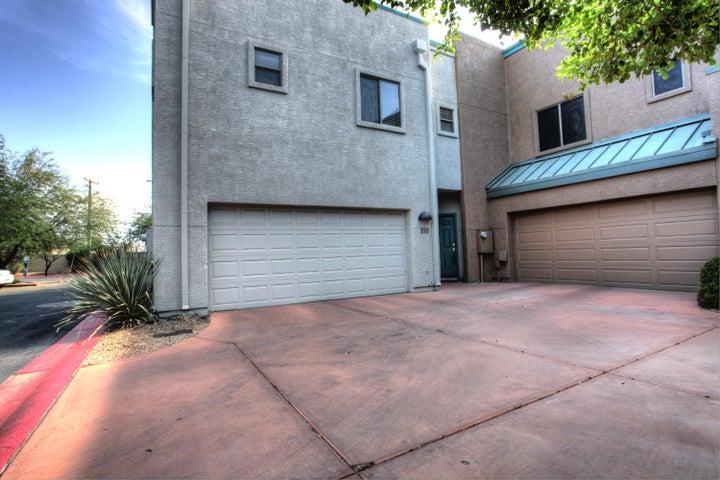 2027 E UNIVERSITY Drive, 122, Tempe, AZ 85281