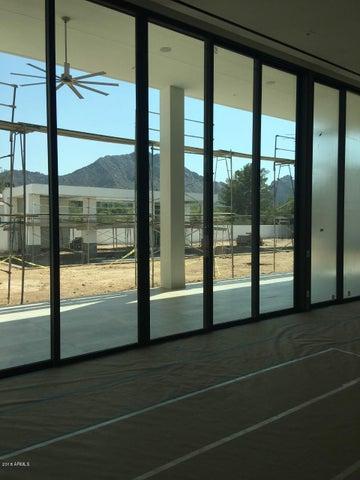 6119 E REDWING Road, Paradise Valley, AZ 85253