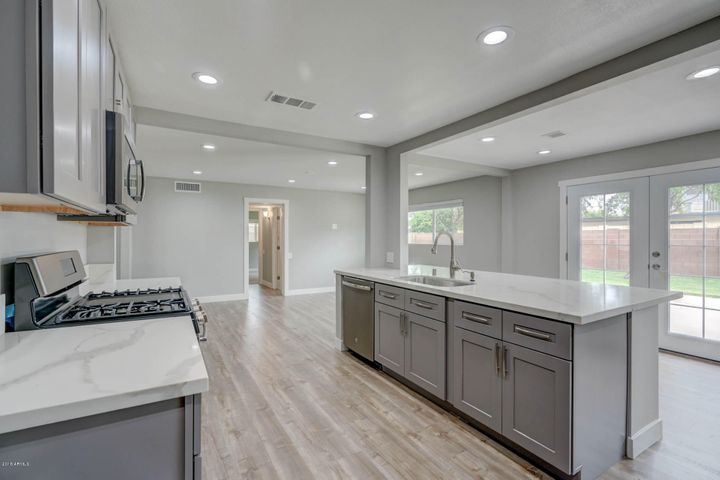 532 W MARLETTE Avenue, Phoenix, AZ 85013