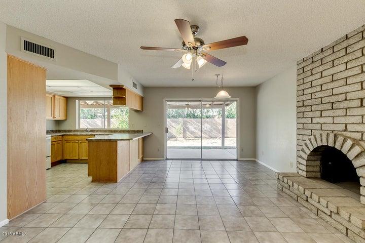 1248 W ELLIS Street, Mesa, AZ 85201