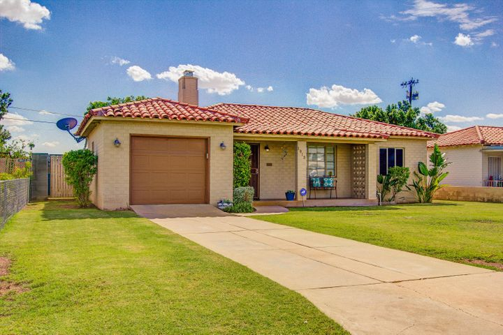 1915 E ALMERIA Road, Phoenix, AZ 85006