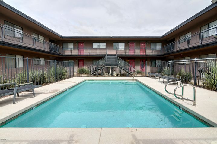310 W EARLL Drive, 108, Phoenix, AZ 85013