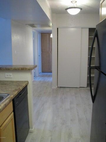 2938 N 61ST Place, 117, Scottsdale, AZ 85251