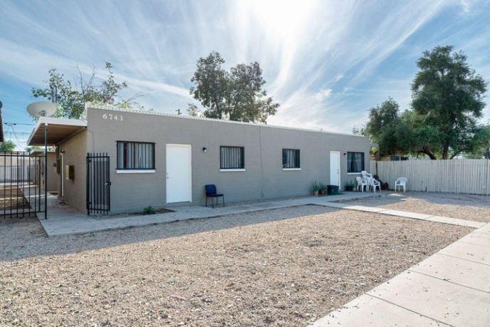 6737 W PALMAIRE Avenue, Glendale, AZ 85303