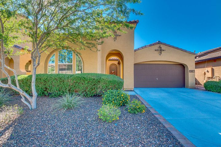 13687 W CREOSOTE Drive, Peoria, AZ 85383