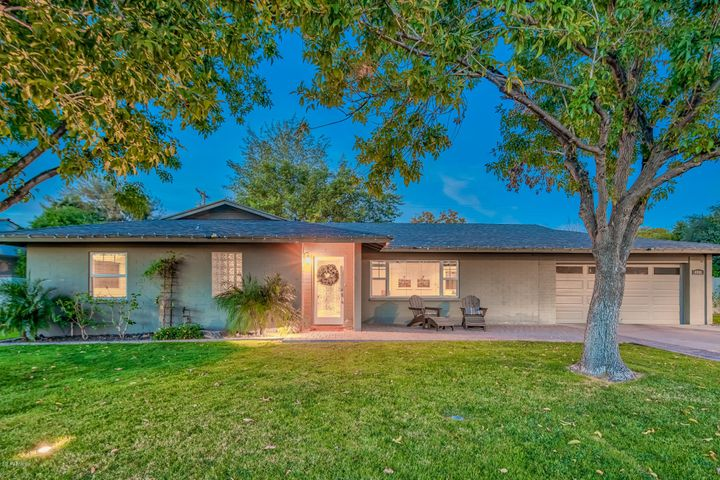 4942 E WHITTON Avenue, Phoenix, AZ 85018