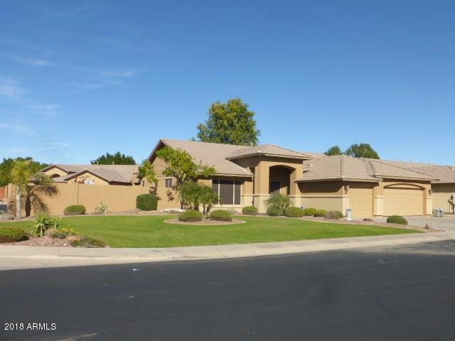 7032 W GREENBRIAR Drive, Glendale, AZ 85308