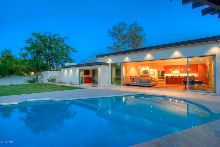 6842 E Hummingbird Lane, Paradise Valley, AZ 85253