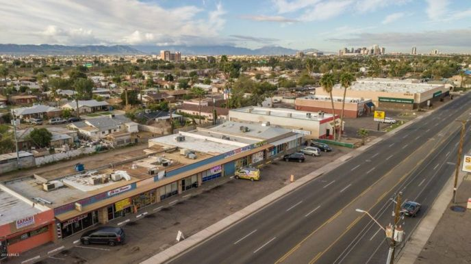 2927 E MCDOWELL Road, Phoenix, AZ 85008