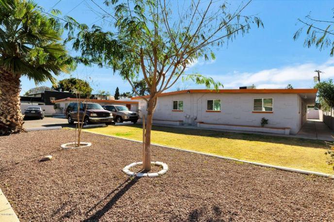3637 E OAK Street, Phoenix, AZ 85008