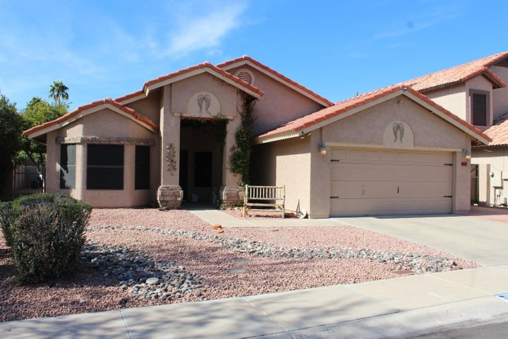 FRONT OF HOME - ARROWHEAD RANCH
