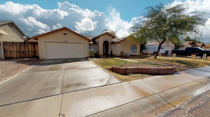 7813 W SURREY Avenue, Peoria, AZ 85381