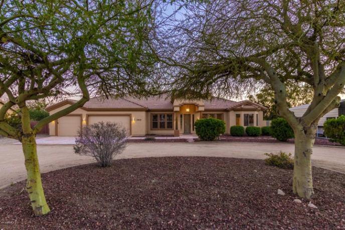 19819 W PASADENA Avenue, Litchfield Park, AZ 85340