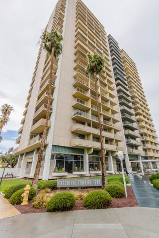 207 W CLARENDON Avenue, 4G, Phoenix, AZ 85013